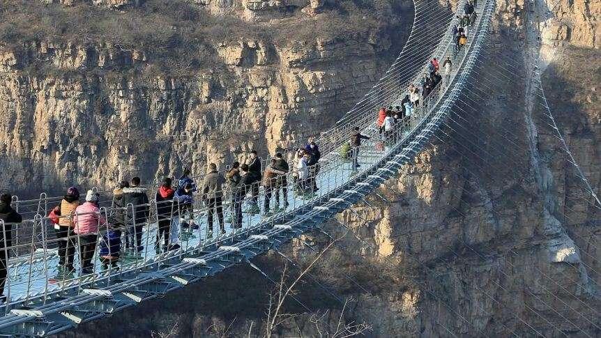 أين يقع الجسر المرعب حول العالم ؟